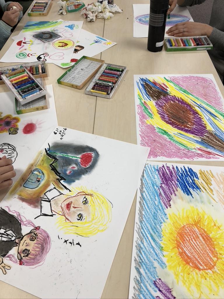 【活動報告:朝カフェ】朝カフェ開催〜表現アートセラピスト先生と一緒に絵を描きながらゆるりとお喋り〜